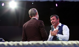 Legendary boxer Joe Calzaghe discusses his boxing career with TV personality Derick Fage at Ringside for Youth XXIII, held at the Shaw Centre on Thursday, June 15, 2017. (Photo by Caroline Phillips)
