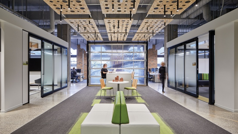 Gcworkplace Challenges The Traditional Government Office Ottawa Business Journal